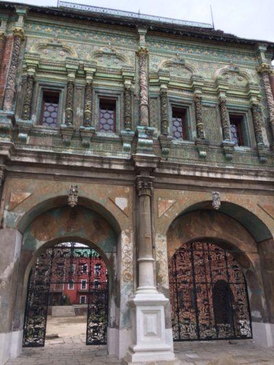 Святые ворота в Крутицком подворье