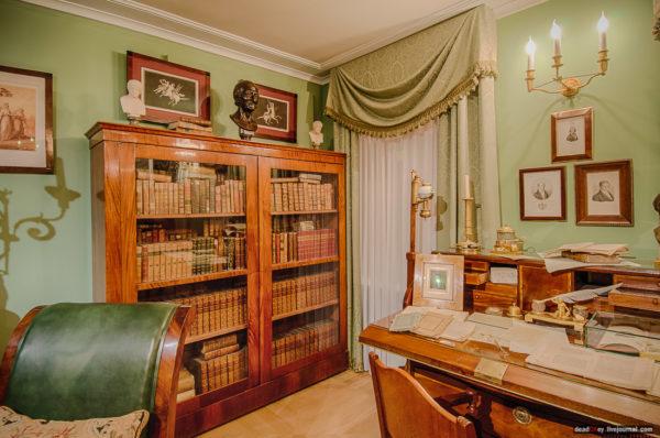 Дом-музей Василия Львовича Пушкина: в гости к дяде великого поэта